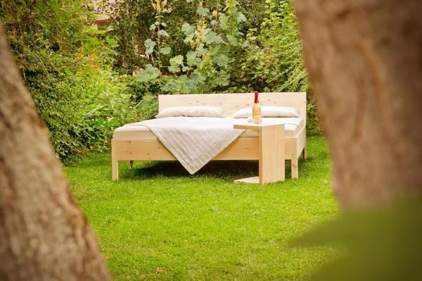 FRIGG Bett im Freien